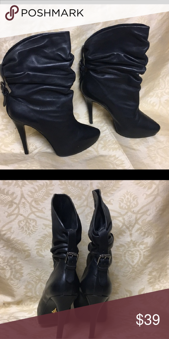 98439cdfbe582b ... Leather Boots 3.5 inche Heel With Buckle on back adding Attraction!! Do  to made in Italy....Boots sizing is 9 however fits 7 to 7.5 Vero Cuoio Shoes  ...