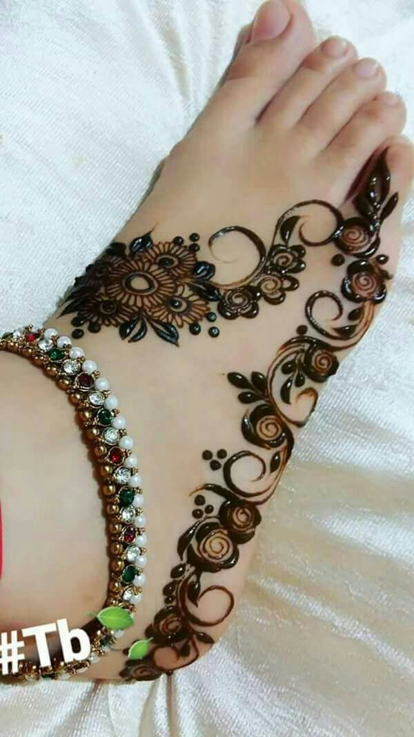 Pin By Anam Siddiqui On Mehndi Pinterest Henna Designs Henna