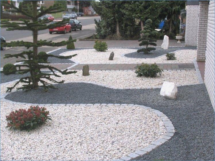 Front Garden Sculptures Modern With Gravel Vorgarten