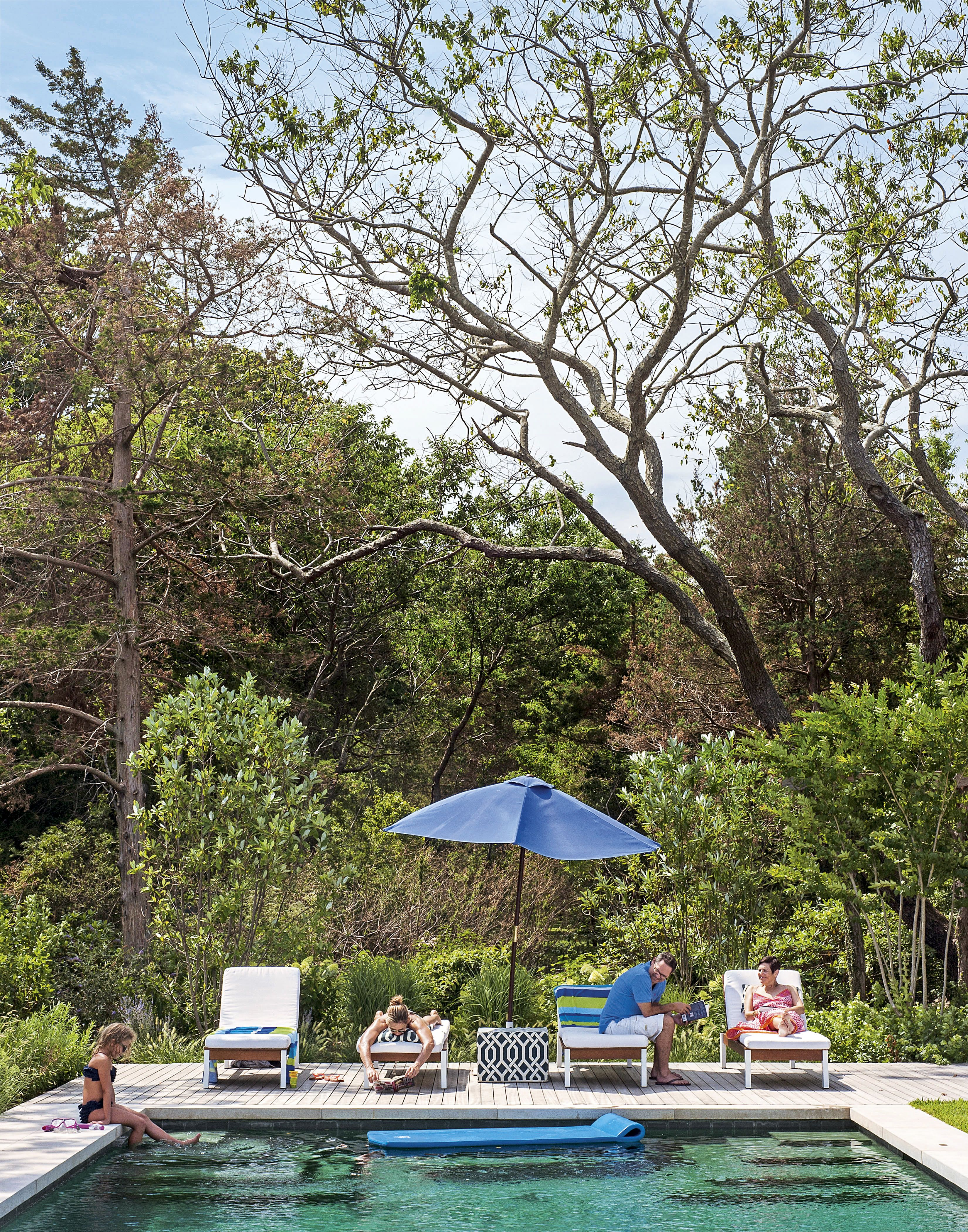 Outdoor | Garden | Swimming pool | Sun loungers | Modern | Livingetc