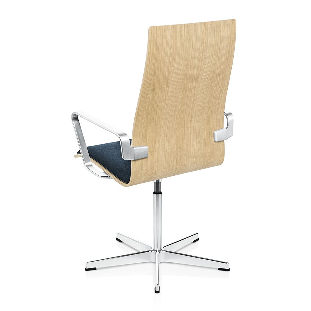 Shop SUITE NY for the original Oxford Chair designed by Arne Jacobsen for Fritz Hansen and  sc 1 st  Pinterest & Shop SUITE NY for the original Oxford Chair designed by Arne ...