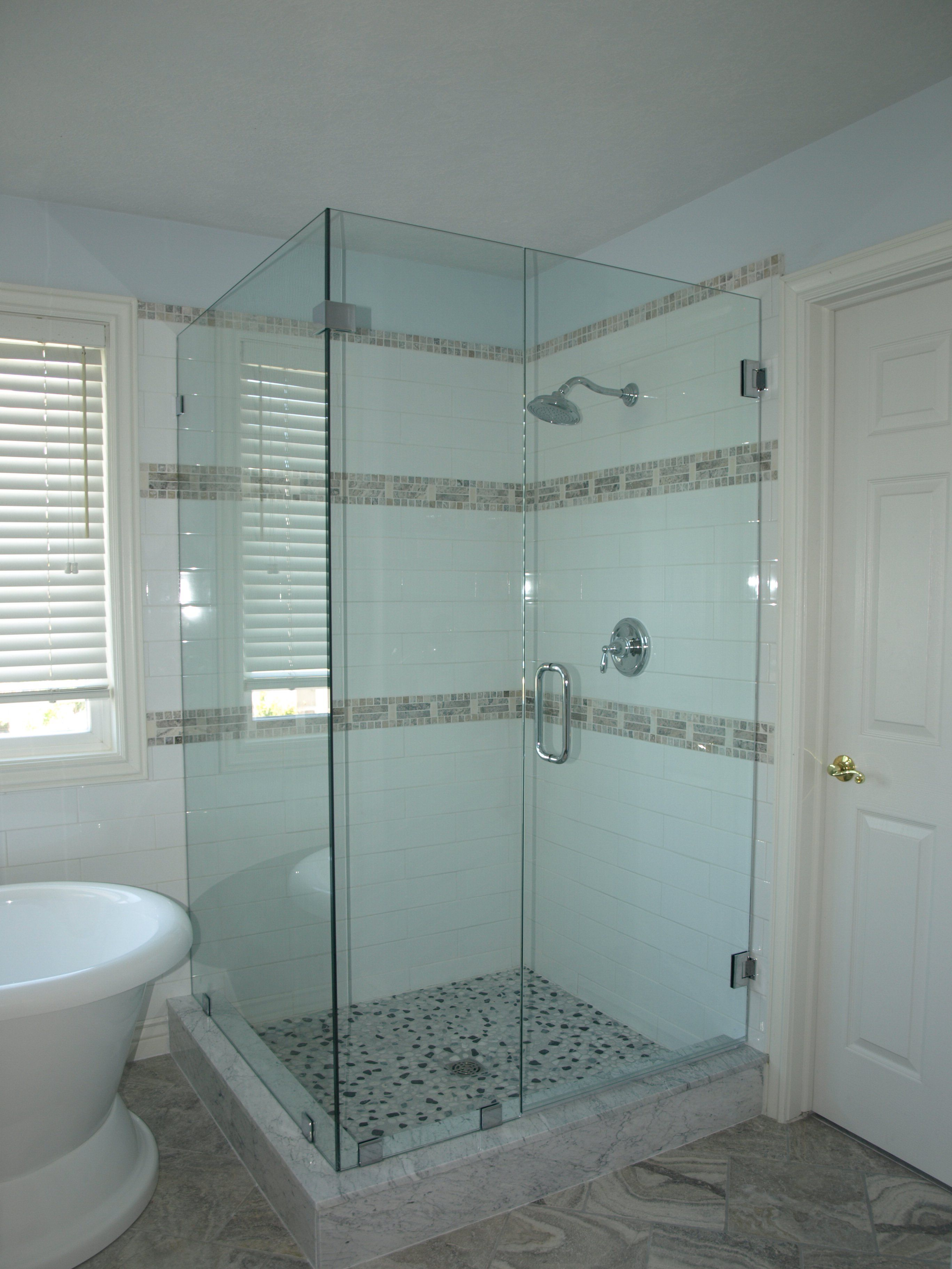 Custom Glass Shower Doors Enclosures With Images Glass