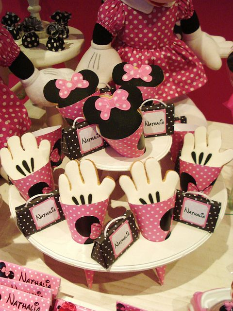Minnie Mouse Birthday Cookies Minnie Mouse Party Minnie Party Birthday Party Desserts
