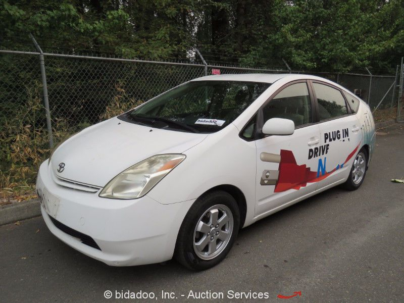 Awesome Amazing 2005 Toyota Prius Base Hatchback 4 Door 2005 Toyota Sedan  W/ Hybrid Technology A/T Touch Screen A/C 60 MPG 5 Seat Prius 2017/2018  Check More ...