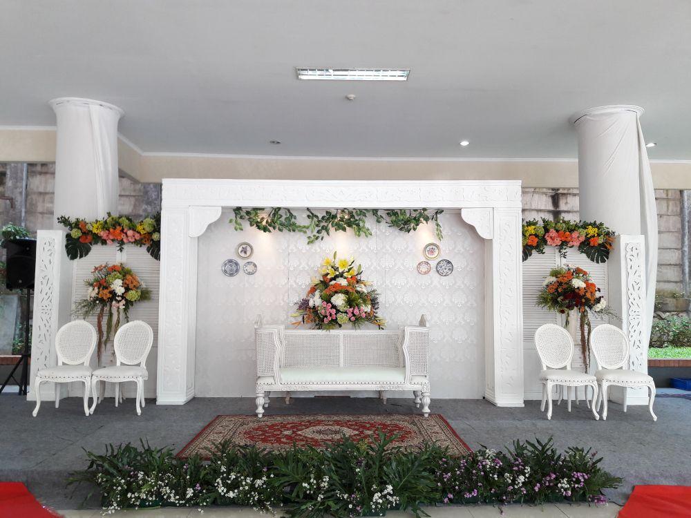 Foto Dekorasi Lighting Pernikahan Oleh Rangkai Dekor