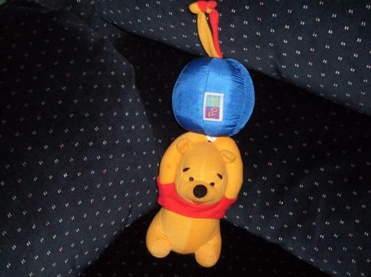 THE FIRST YEARS WINNIE THE POOH BALLOON MUSIC PULL TOY