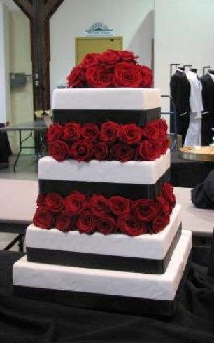 Pictures of black white and red wedding cakes