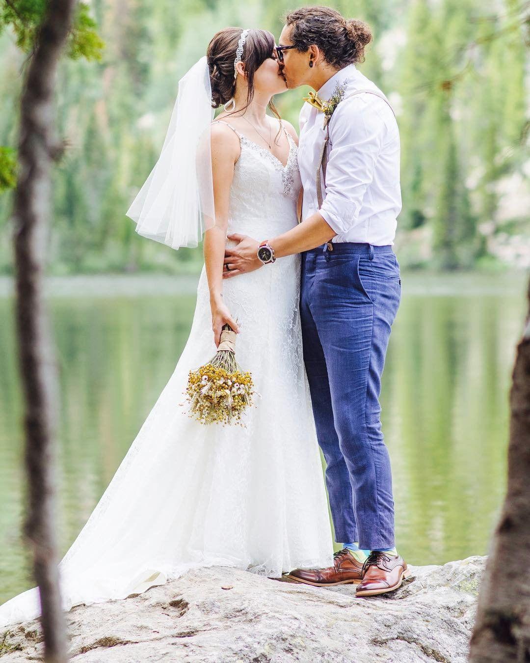 Davidus bridal bride tessa in an all over lace spaghetti strap