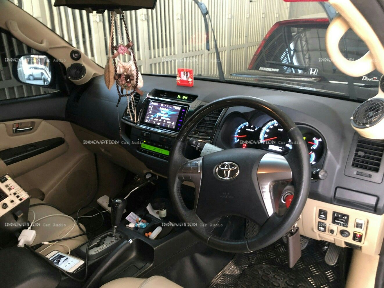 . Paket Audio Mobil Fortuner Quarto Edans Series . Http