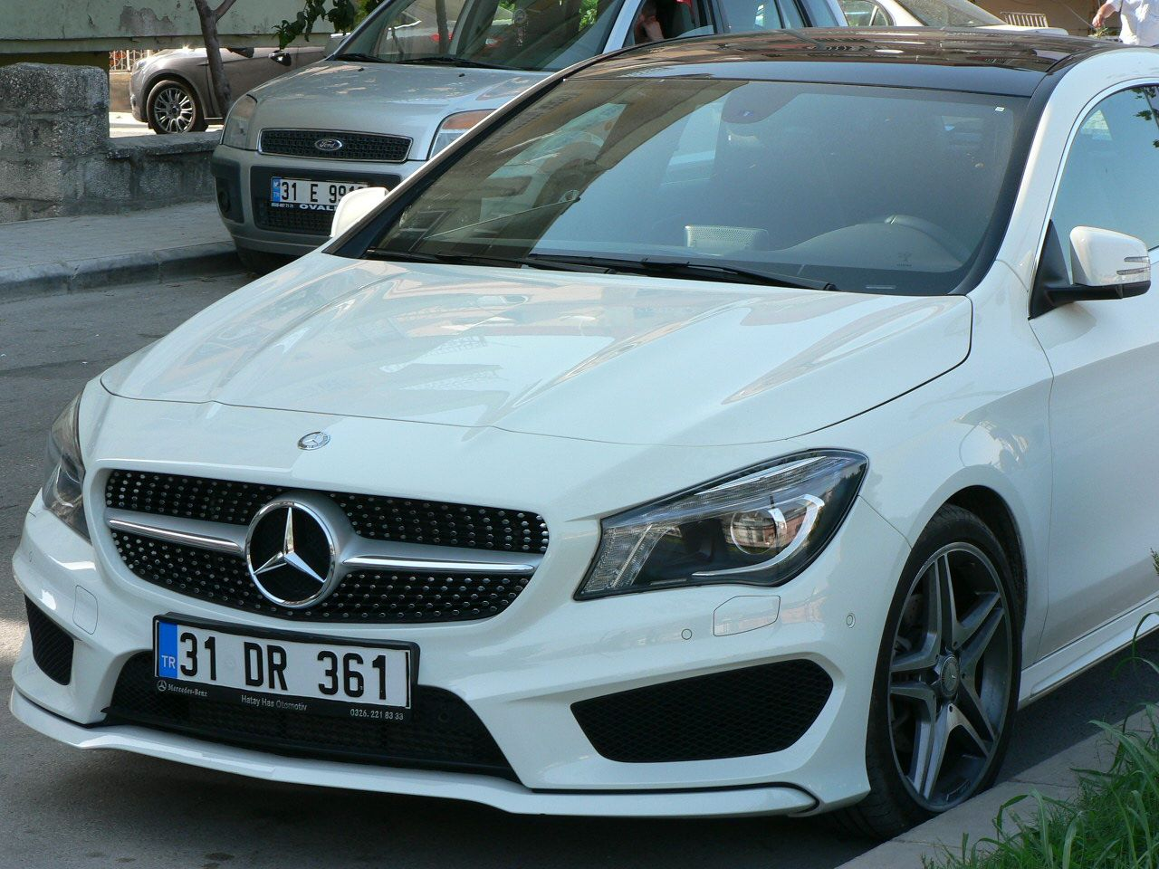 mercedes benz cla 180 with amg body kit rims. Black Bedroom Furniture Sets. Home Design Ideas