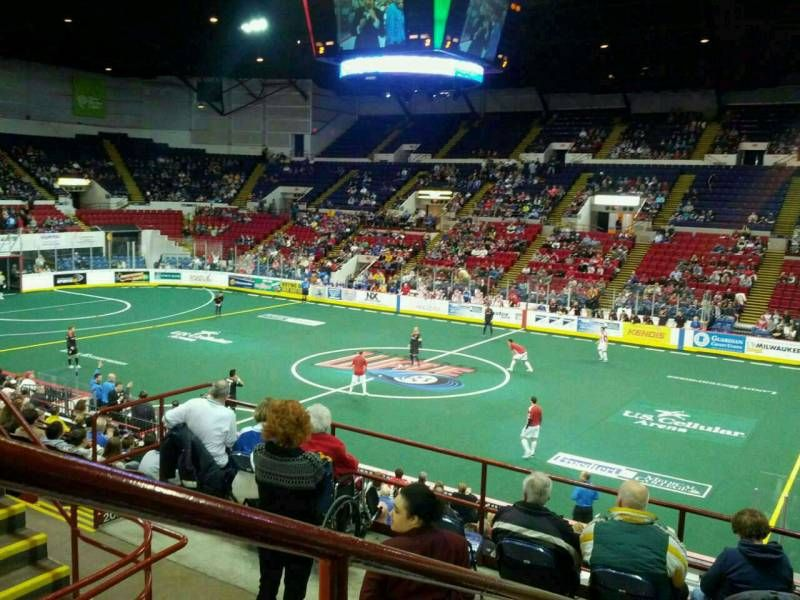 The Milwaukee Wave Gives The Family A Treat As They Face Off With