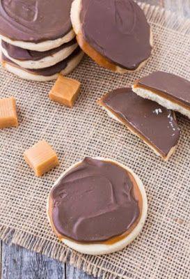 Caramel Twix Cookies #twixcookies