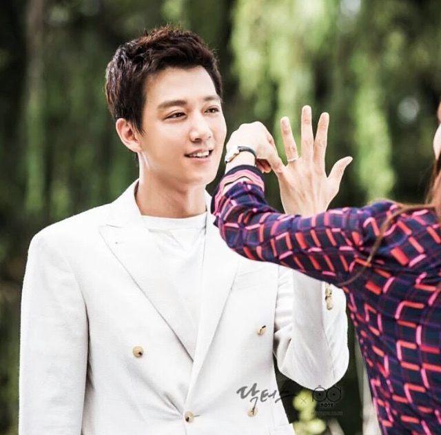 korean love scence