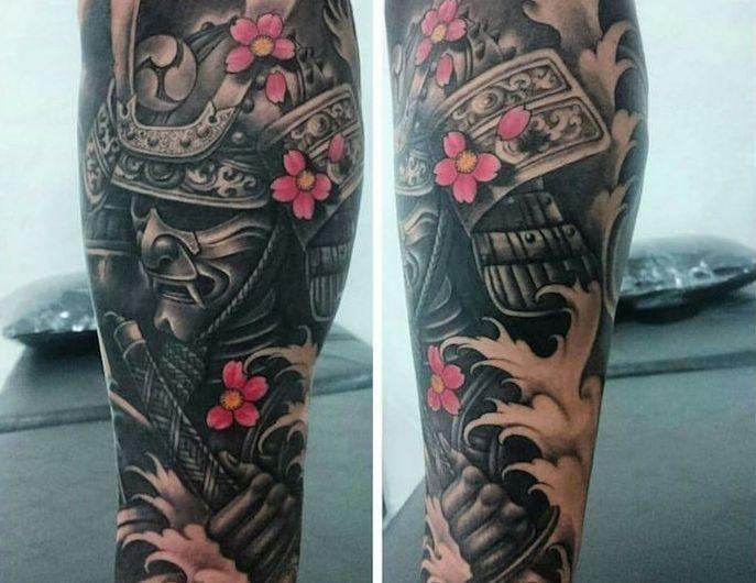 Tatouage Samourai Le Tattoo Des Guerriers Christel Christel Des Guerriers Samourai Tatouage Tattoo Samurai Tattoo Tattoos Samurai Tattoo Design