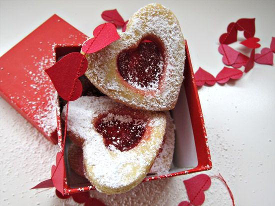 Make these stained glass biscuits for Valentines Day using this simple recipe and instructions
