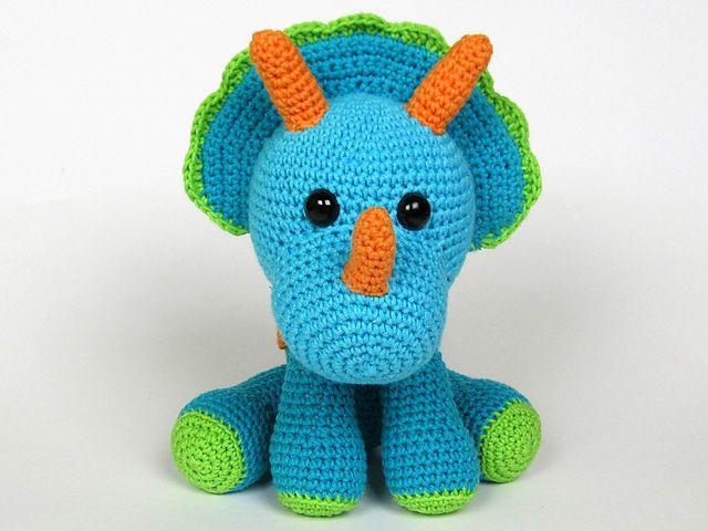 Amigurumi Dinosaur Free Pattern : Crochet dinosaur amigurumi toy perfect for your favourite little