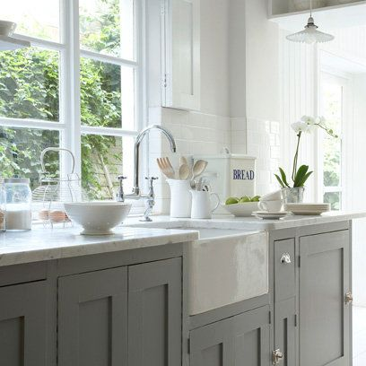 Such A Pretty Kitchen I Love The Farmhouse Sink And Cabinet Door Latches