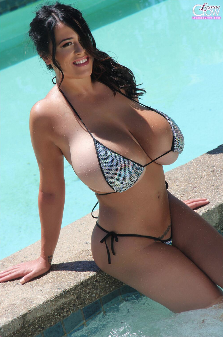 Hung Matt Girl pool boob daughter Marissa