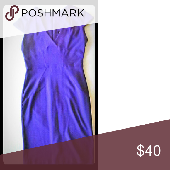 Asos purple dress This is the perfect dress for you! Just put it on and voilà! Perfect for a date or add a blazer for a instant professional work look ASOS Dresses Midi