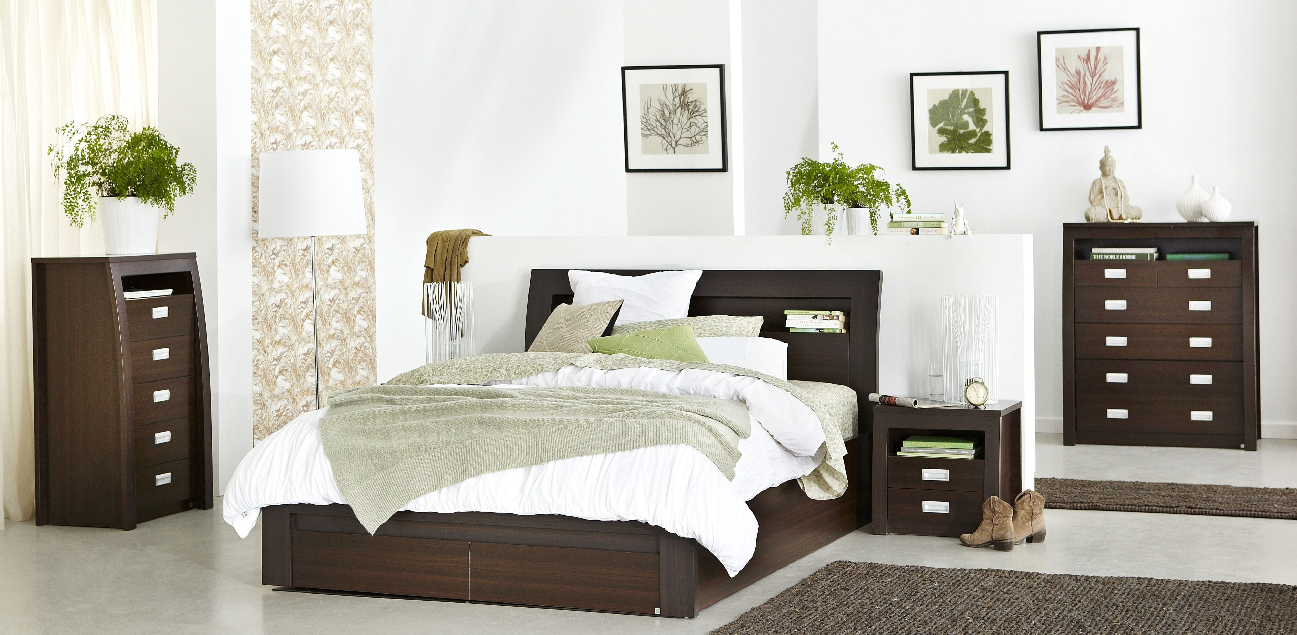 Metropolis bedroom furniture function style and grace for Bedroom furniture storage solutions