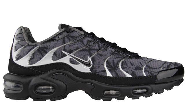 870b186da221 Nike Air Max Plus (Tuned 1)