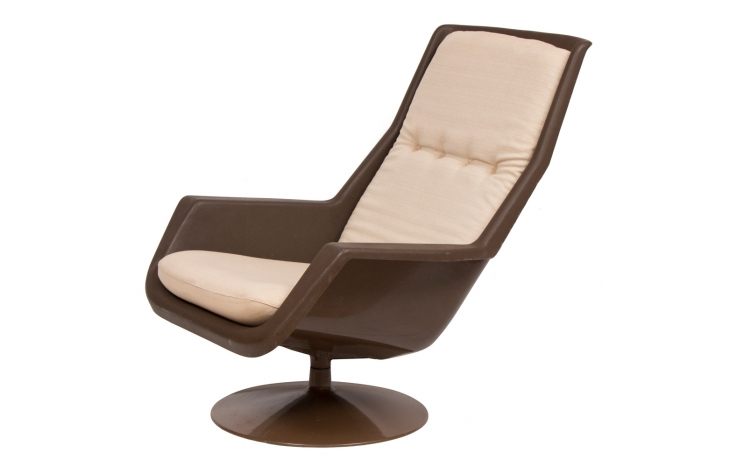 Midcentury Swivel Armchair By Robin Day For Hille C 1970
