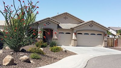 BEAUTIFUL HOME CLOSE TO EVERYTHING SURPRISE... - VRBO