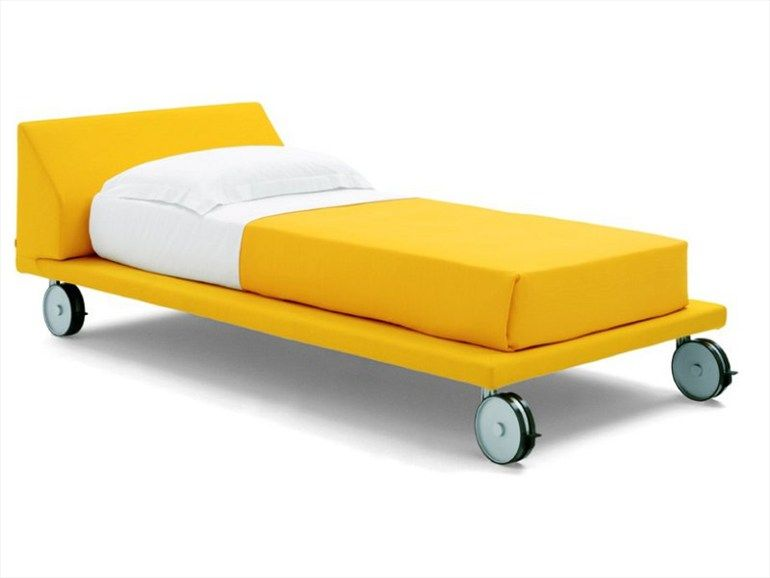 Letto con ruote ROLLING BED by Zalf | Little (House) in the Big City ...