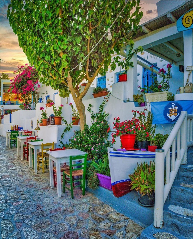 4922  64   The Greek Islands