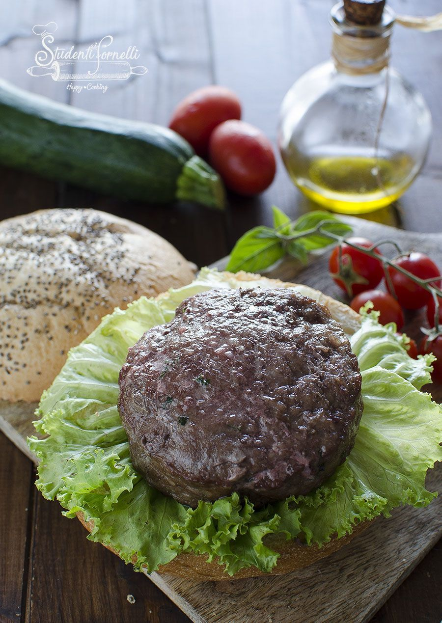 Photo of HAMBURGER Cooked in AIR FRYER (SUCCOSI in Soli 7 Mi-HAMBURGE …