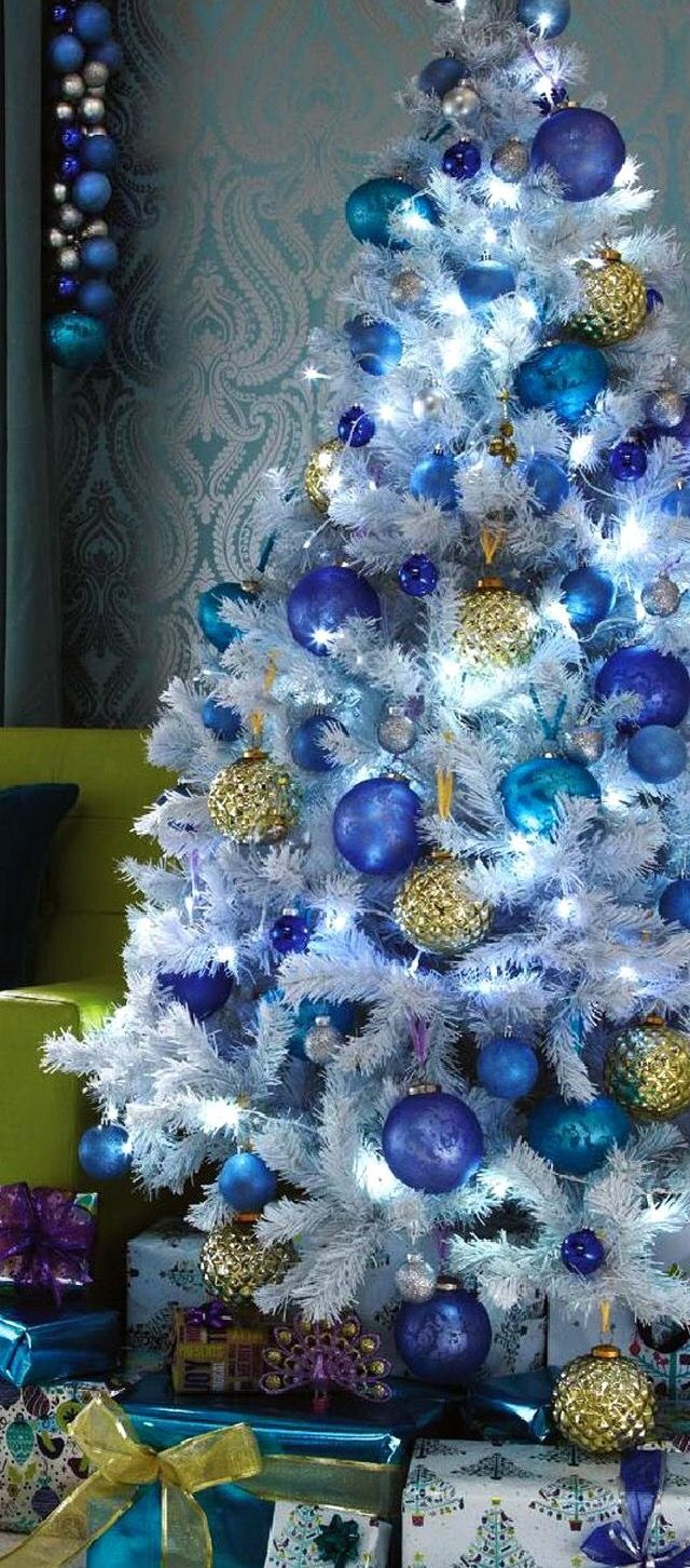 Pin By Ramon Silvestre On Christmas White Christmas Trees Blue Christmas