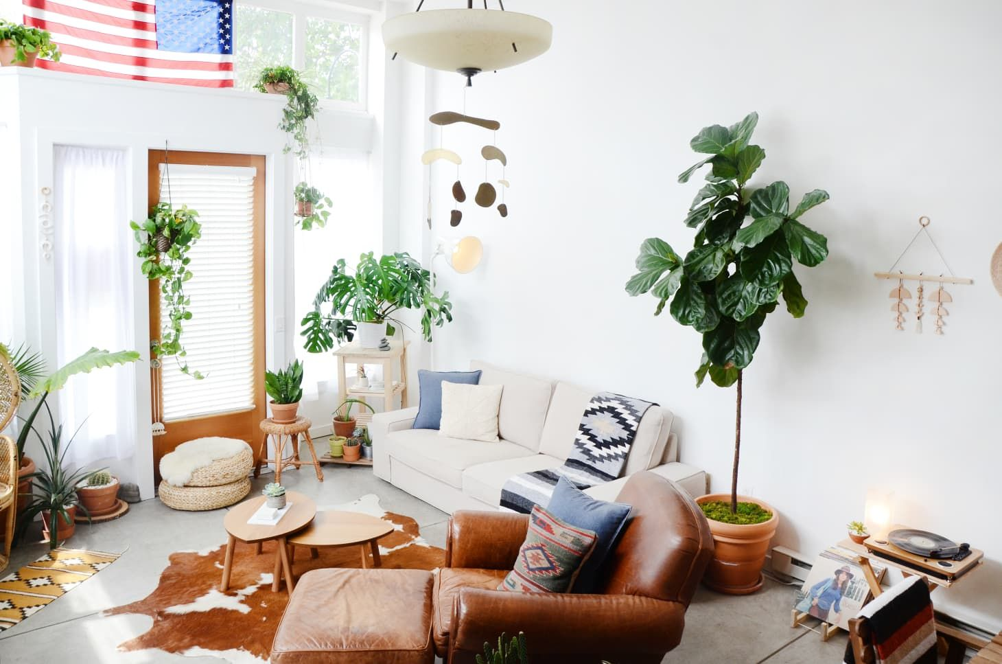 7 Design Tweaks That Will Instantly Refresh Your Small Space