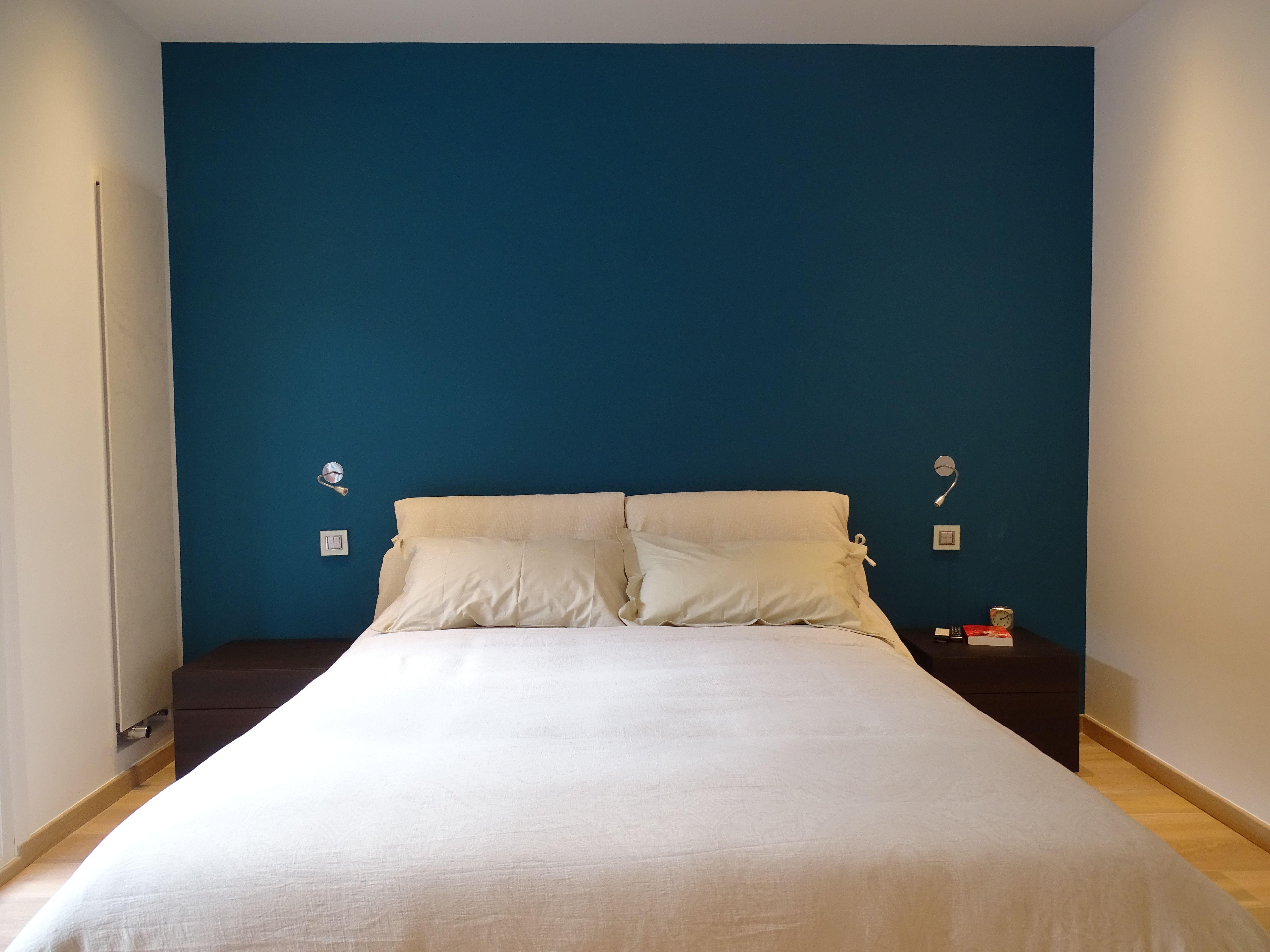 Tete De Lit Bleu Canard Peinture chambre moderne bleu canard radiateur design tête de lit