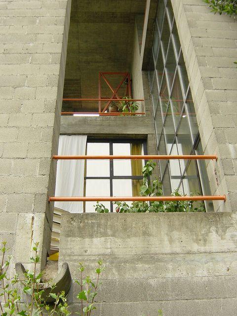 Pin di zahra karami su house casa bianca casa rotonda for Architetti on line gratis