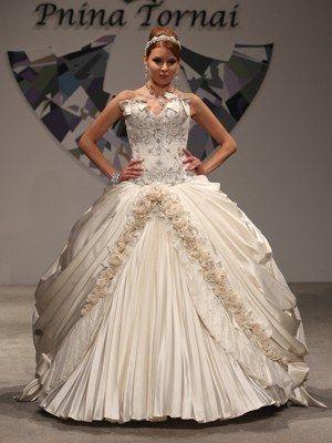 Imagen relacionada | vestidos de novias | Pinterest | Pnina tornai ...