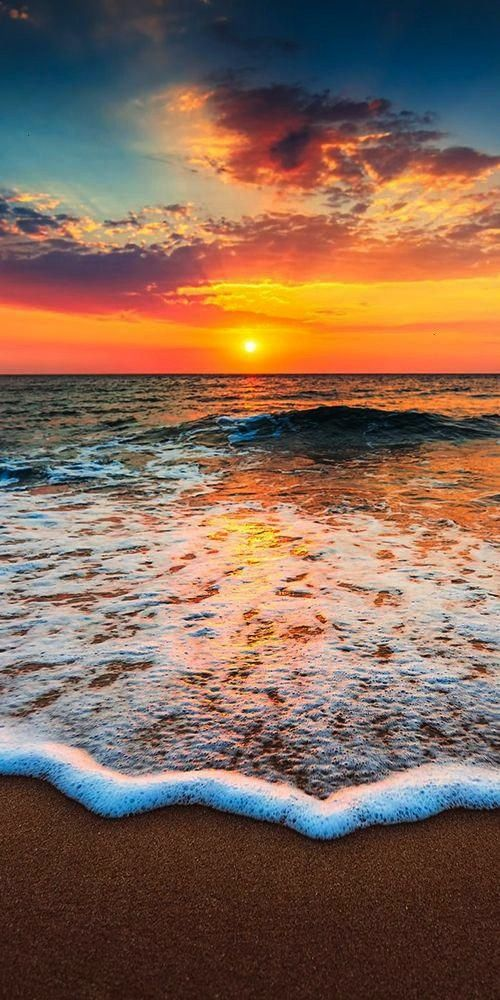 of the Day…Incoming 🌤️ 🌊 --------------Pic of the Day…Incoming 🌤️ 🌊 -----------