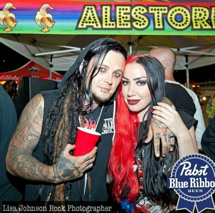 Ash Costello and Jimmy Trigger Bandas