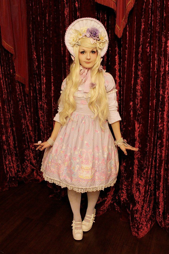 "~ Ichigo Kissaten ~ Strawberry Cafe ~, Our outfits for ""Spring lolita Meet-up"" due to..."