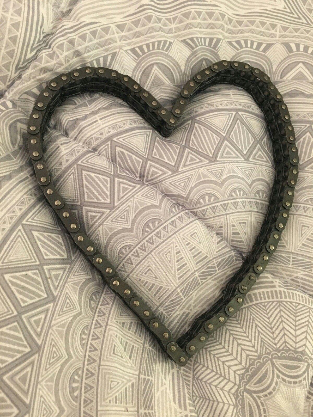 Double row chain heart