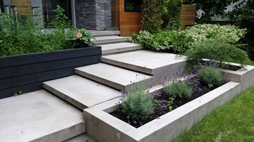 Best Modern Landscaping Integrated Into The Concrete Limestone 400 x 300