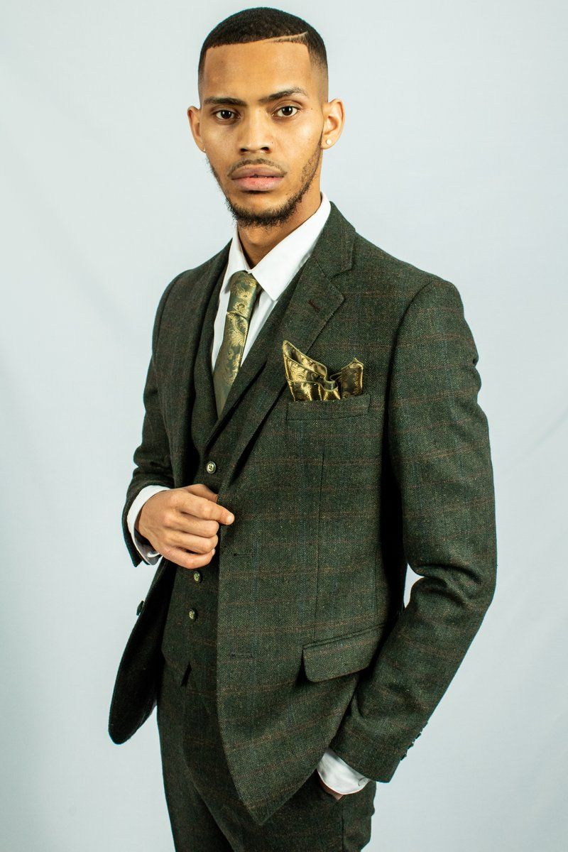 Capri Green Check Tweed Suit Robert Simon Tweed Suits Cool Suits Suits