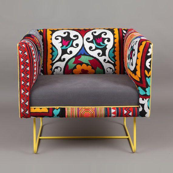 suzani box sessel gelbe rose von namedesignstudio auf etsy afghanistan nomadic textiles. Black Bedroom Furniture Sets. Home Design Ideas