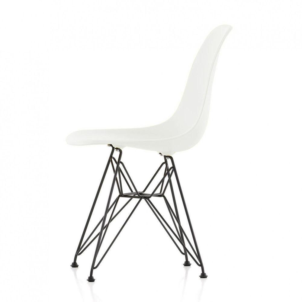 Eames Plastic Side Chair Dsr Basic Dark Stuhl Vitra Ambientedirect Com Stuhle Esszimmer Zimmer