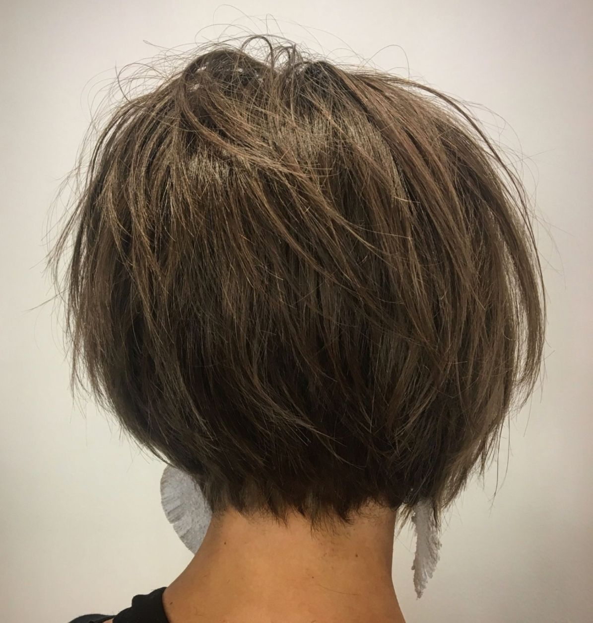 60 Classy Short Haircuts And Hairstyles For Thick Hair Hair Styles Thick Hair Styles Short Hairstyles For Thick Hair