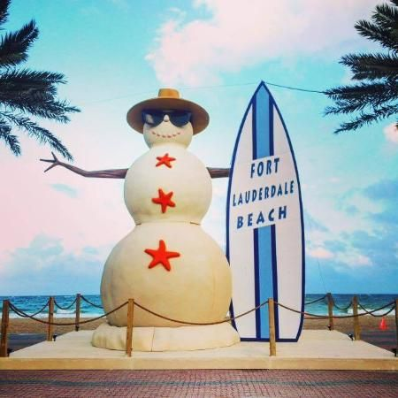 Fort Lauderdale Beach Snowman Ft Lauderdale B Picture Of Fort Lauderdale Beach Fort Lauderdale Lauderdale Beach Fort Lauderdale Beach Fort Lauderdale