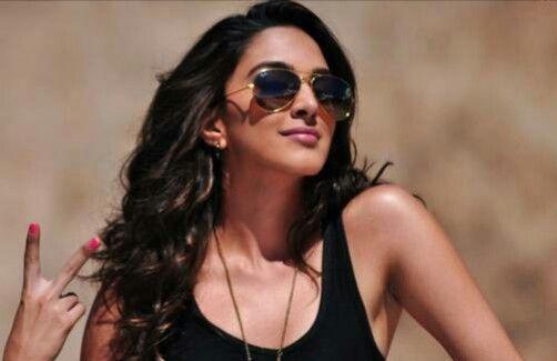 Kiara Advani – Wiki | Movies | Photogallery : MovieRaja