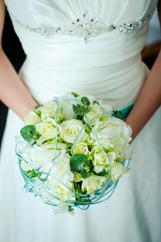 weddingbouquet brautstrauss creme weiss t rkis mint. Black Bedroom Furniture Sets. Home Design Ideas