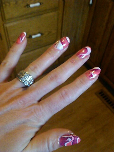 Water marble nail art with polish by Gloria Weber