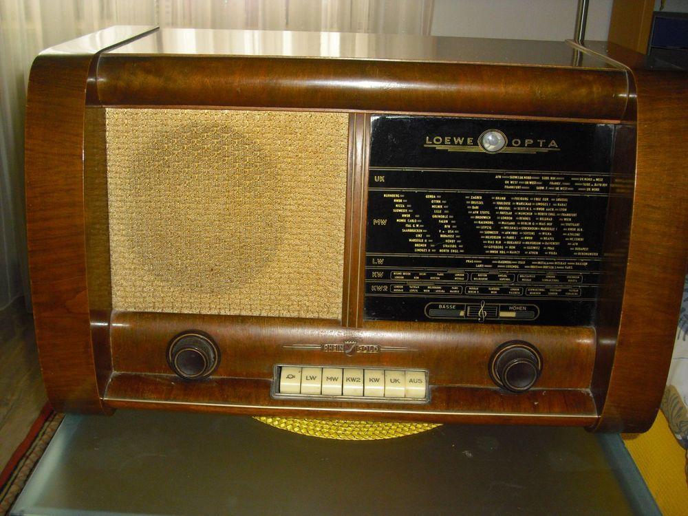 Röhrenradio Loewe Opta Typ Rheingold 3953/W aus den 50er Jahren, funktionsfähig