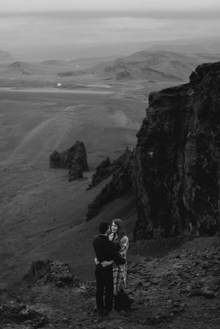Heiðdís and Styrmir // Vik and Skogafoss – Iceland photographer.